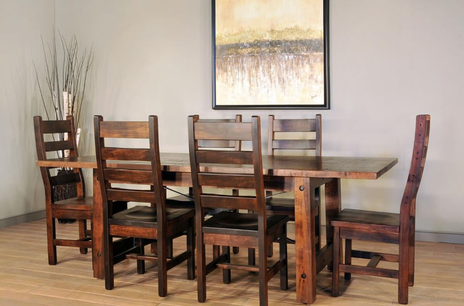 Finger Lakes Dining Set image 1