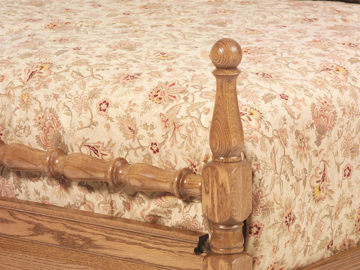 Cambridge Cannonball Bed - Footboard Detail