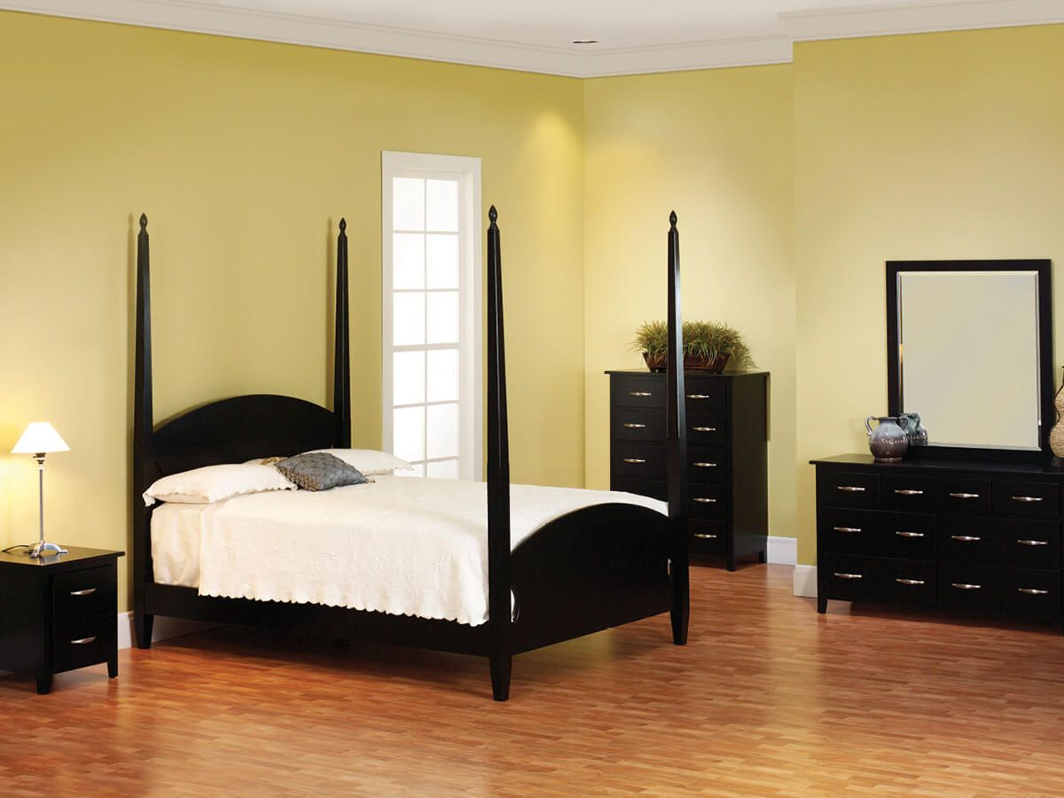 Brentwood Black Bedroom Furniture Set