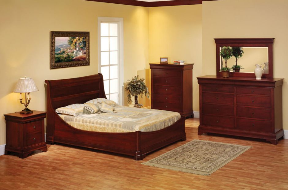 Charlemagne Bedroom Set image 1