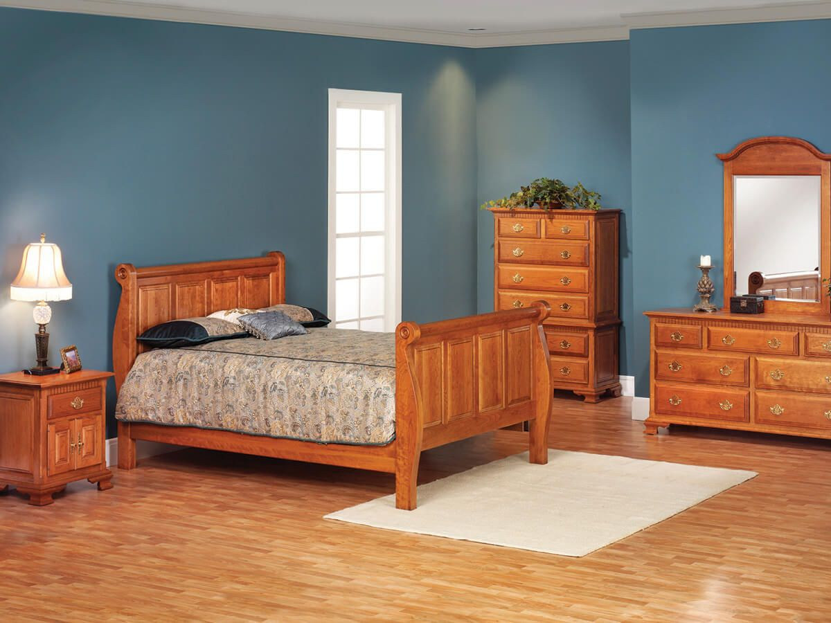 Elizabeth's Tradition Cherry Bedroom Set
