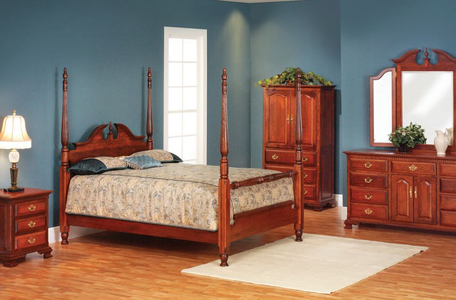 Elizabeth's Tradition Bedroom Set image 1