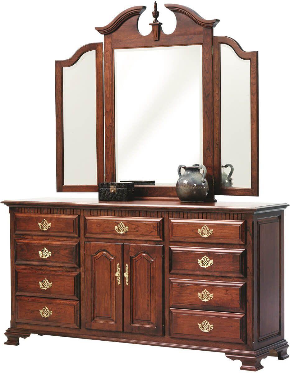 Elizabeth's Tradition Dresser with Mirror