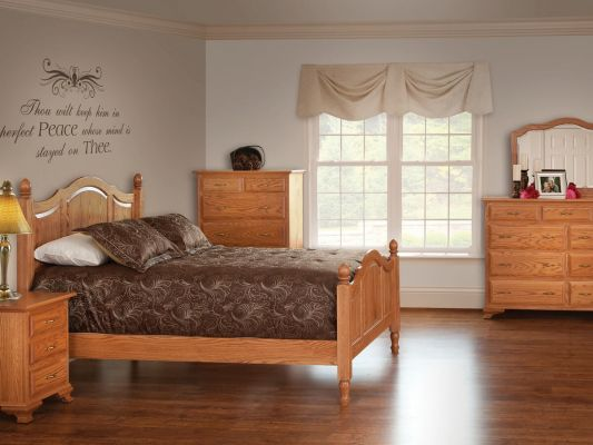 Oak Traditional Bedroom Furniture