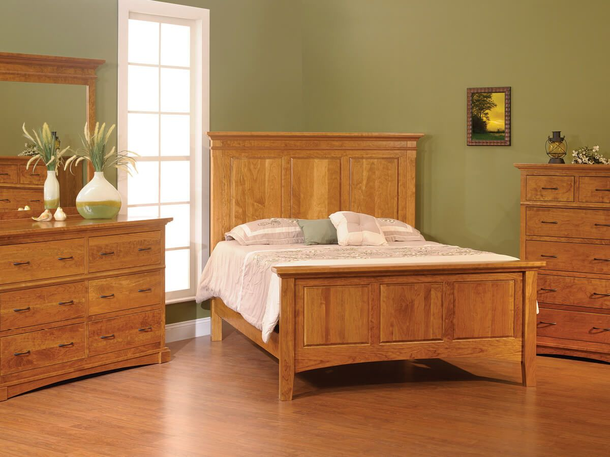 Northbrook Solid Wood Bedroom Furniture Set