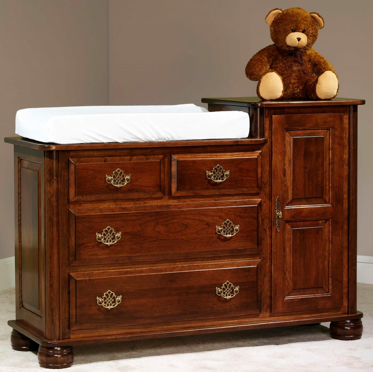 Prestige Changing Table, contour pad not included