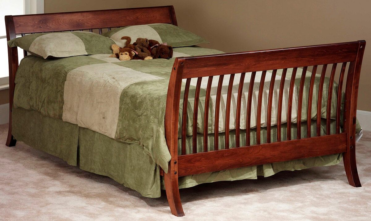 West Village Full Bed in Brown Maple with Christmas Cloves finish