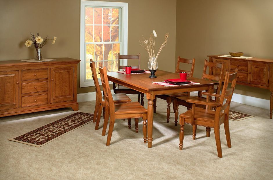High Point Dining Set image 1