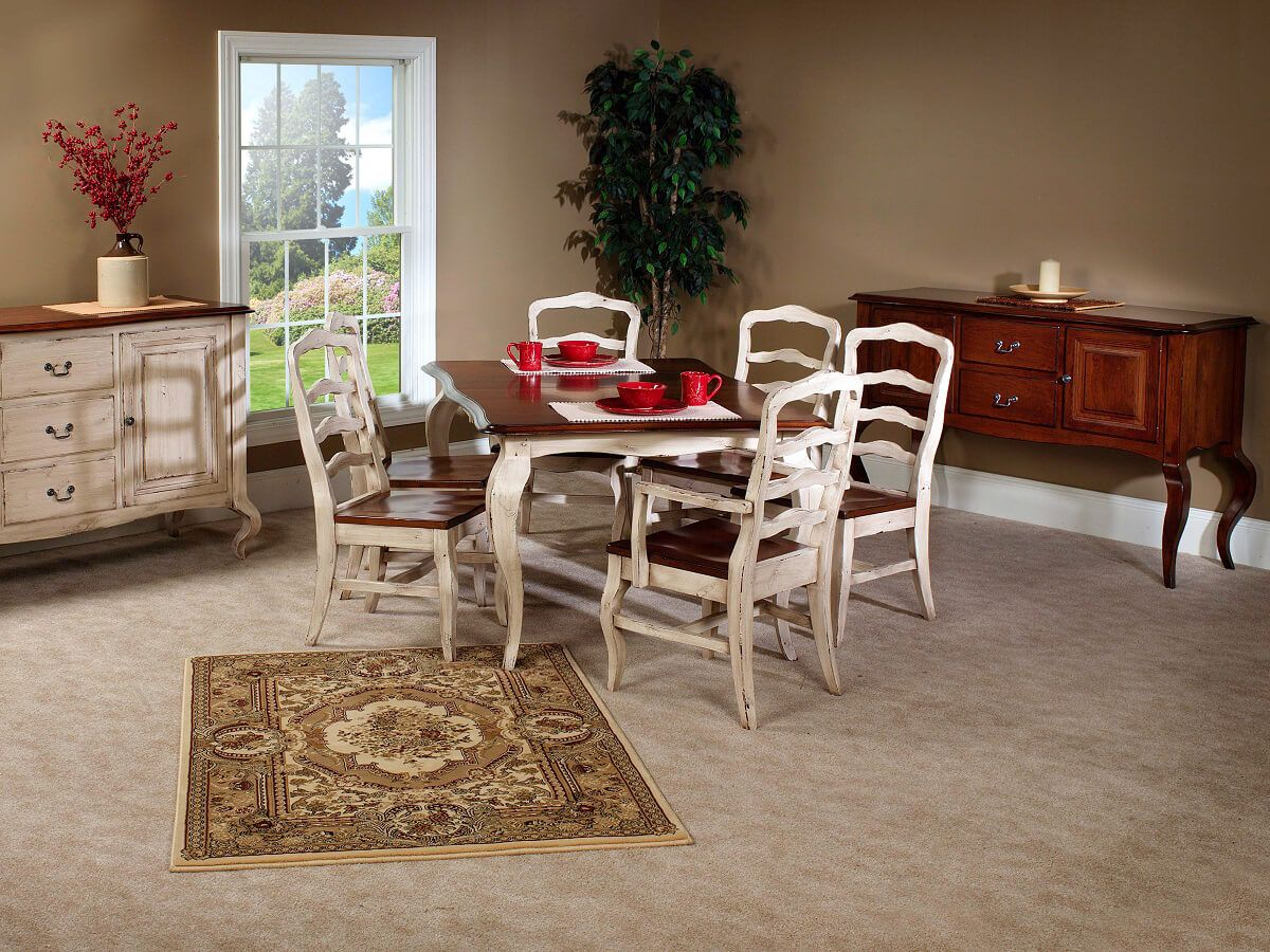 Bring a Royal elegance to your dining room with this whole set.