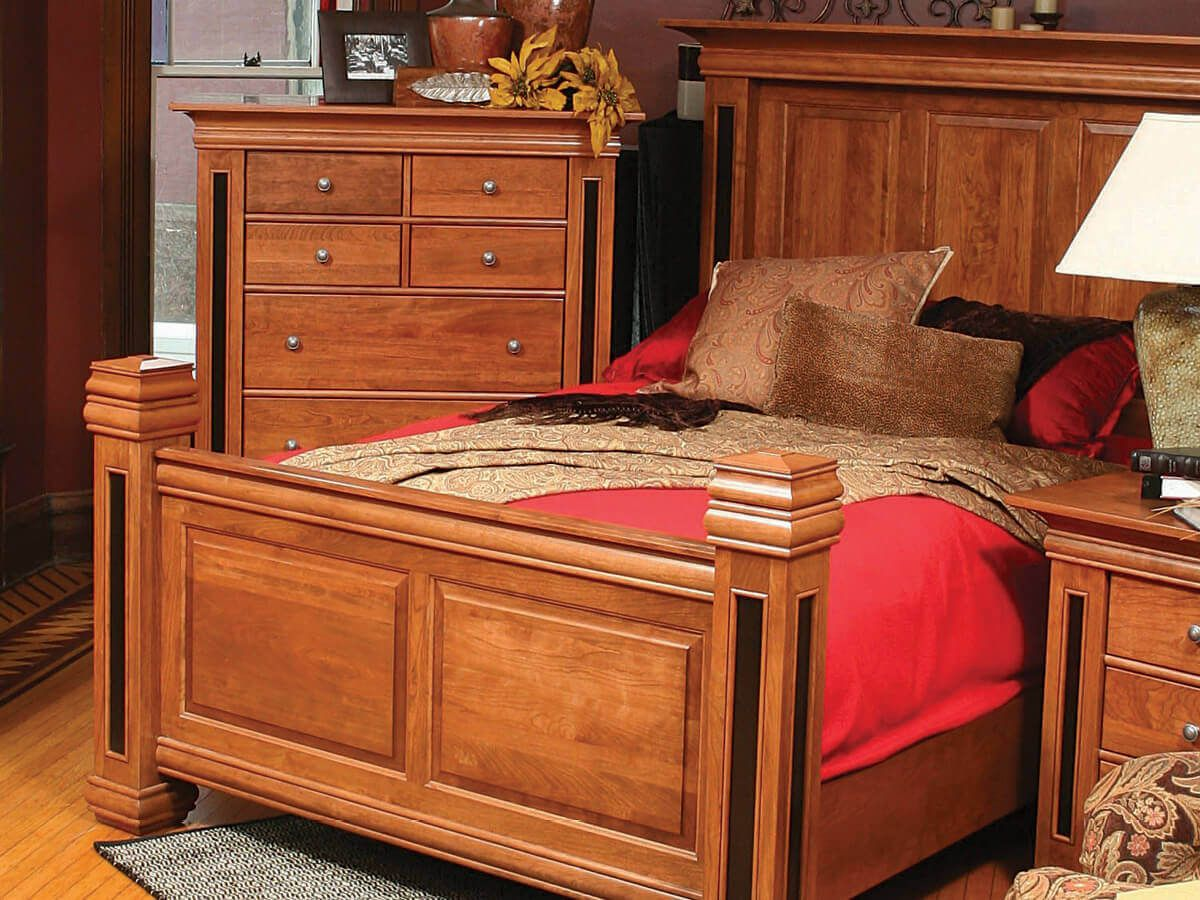 Chain Lakes Bedroom Collection