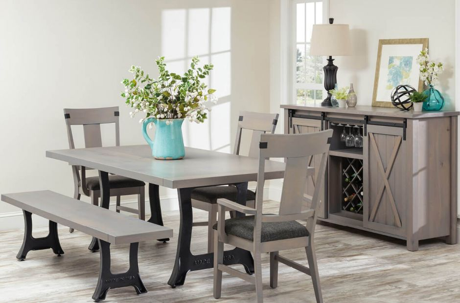 Trumbull Dining Set image 1