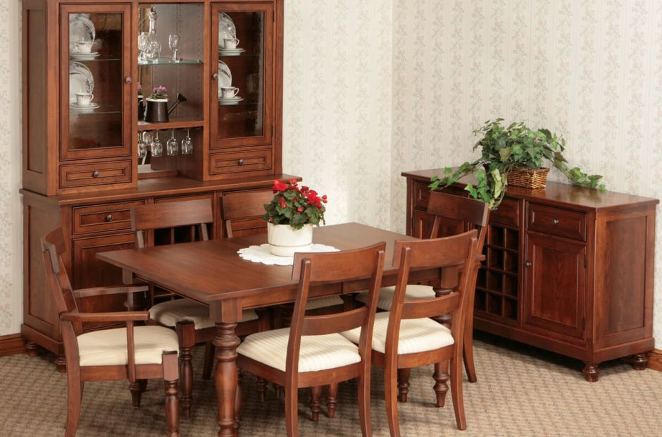Brianne Dining Set image 1