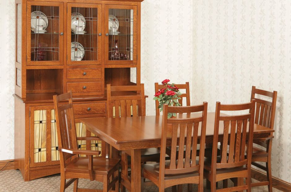 Franconia Ridge Dining Set image 1