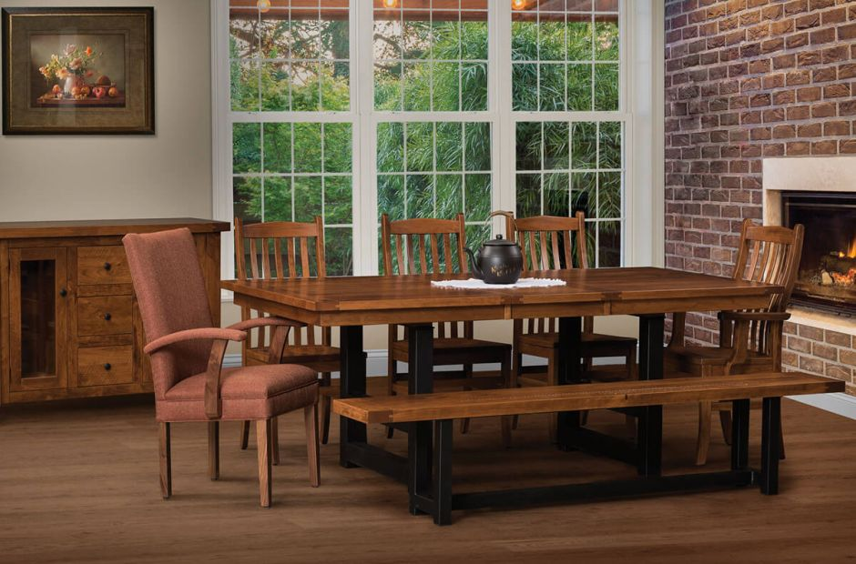 Tazewell Dining Room Set image 1