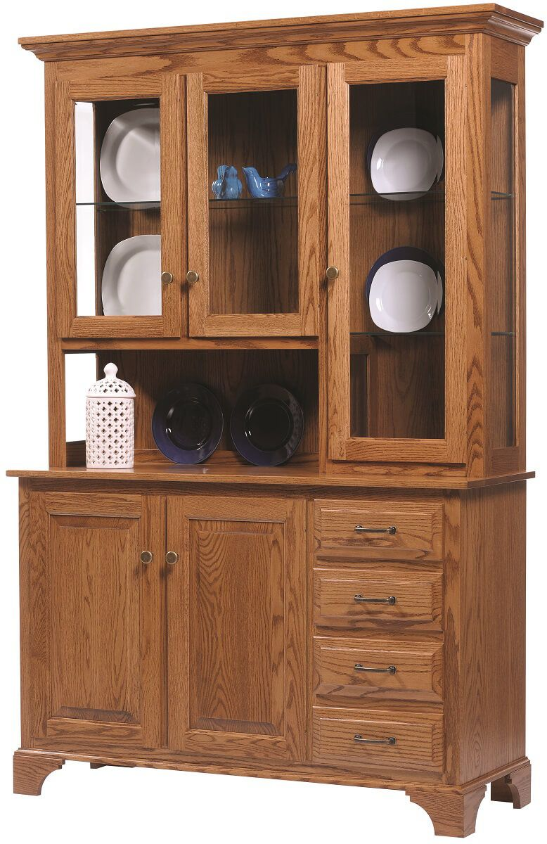 Westland 3-Door China Cabinet in Oak