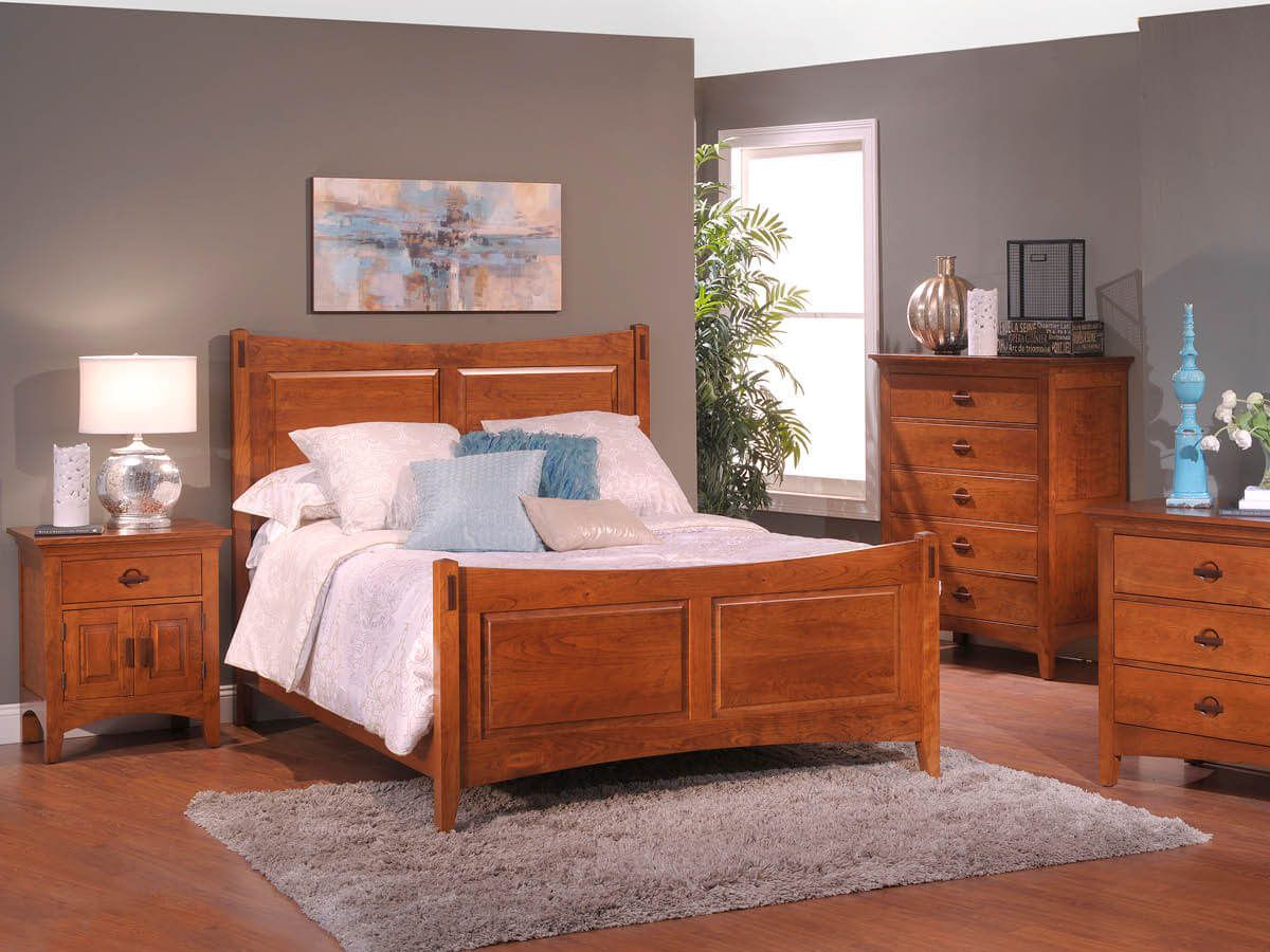 Senoia Amish Bedroom Furniture Set