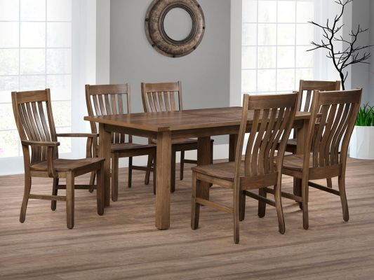 Saginaw Dining Room Set