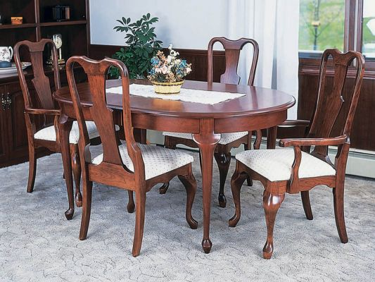 Adelia Queen Anne Table in Cherry