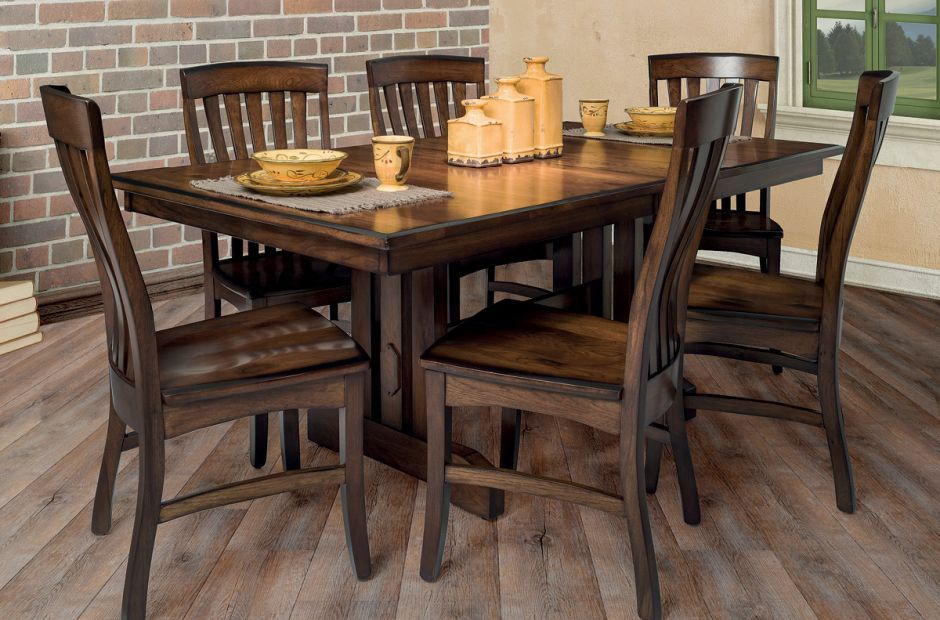 Franc's Peak Dining Set image 1