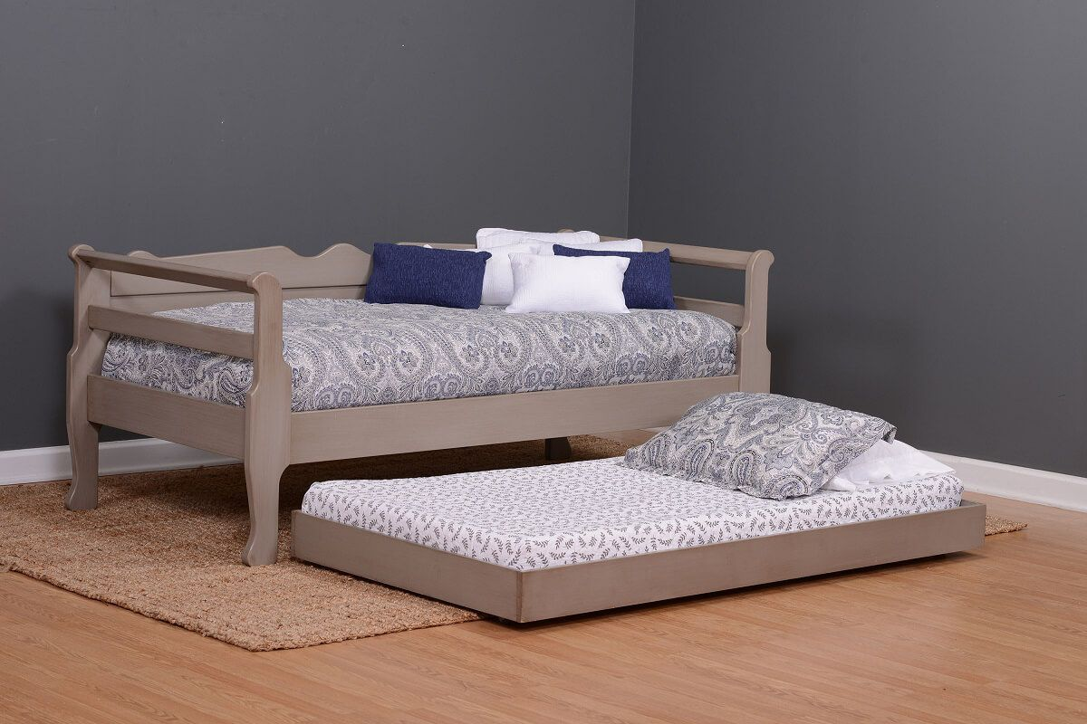 Amish Daybed with Trundle