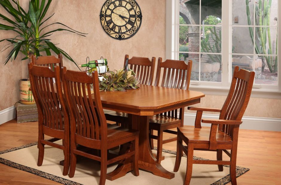 Battle Creek Dining Set image 1