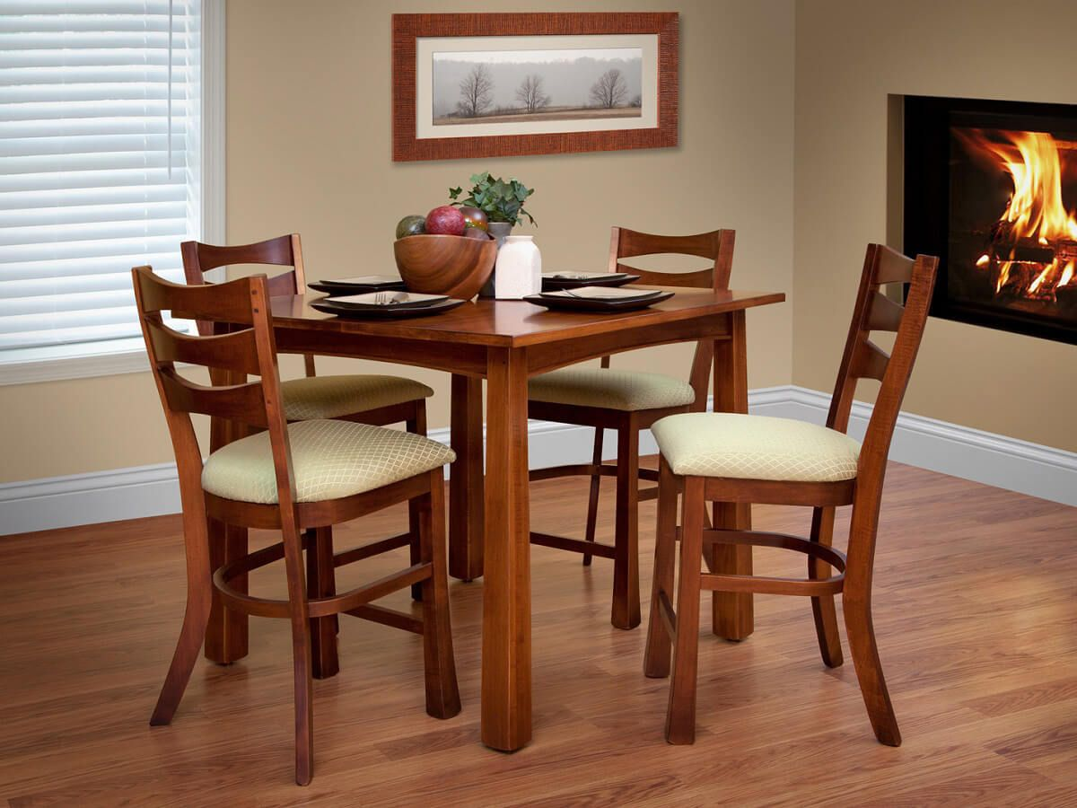 Carthage Bar Table Set