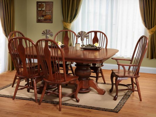 Walton Heath Dining Table and Middleborough Dining Chairs