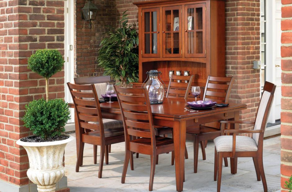 Dell Rapids Dining Set image 1