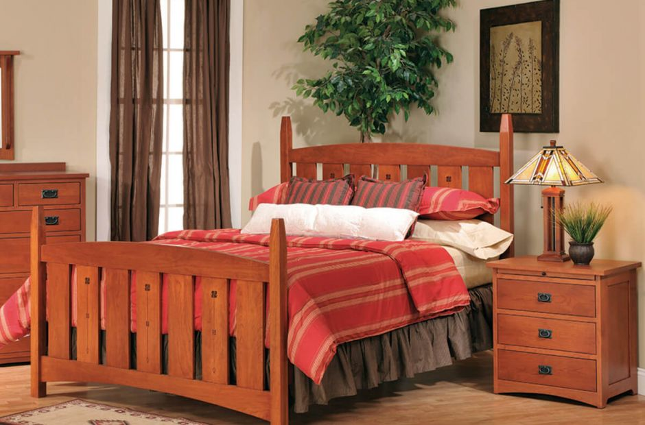 Old Orchard Beach Bedroom Set image 1