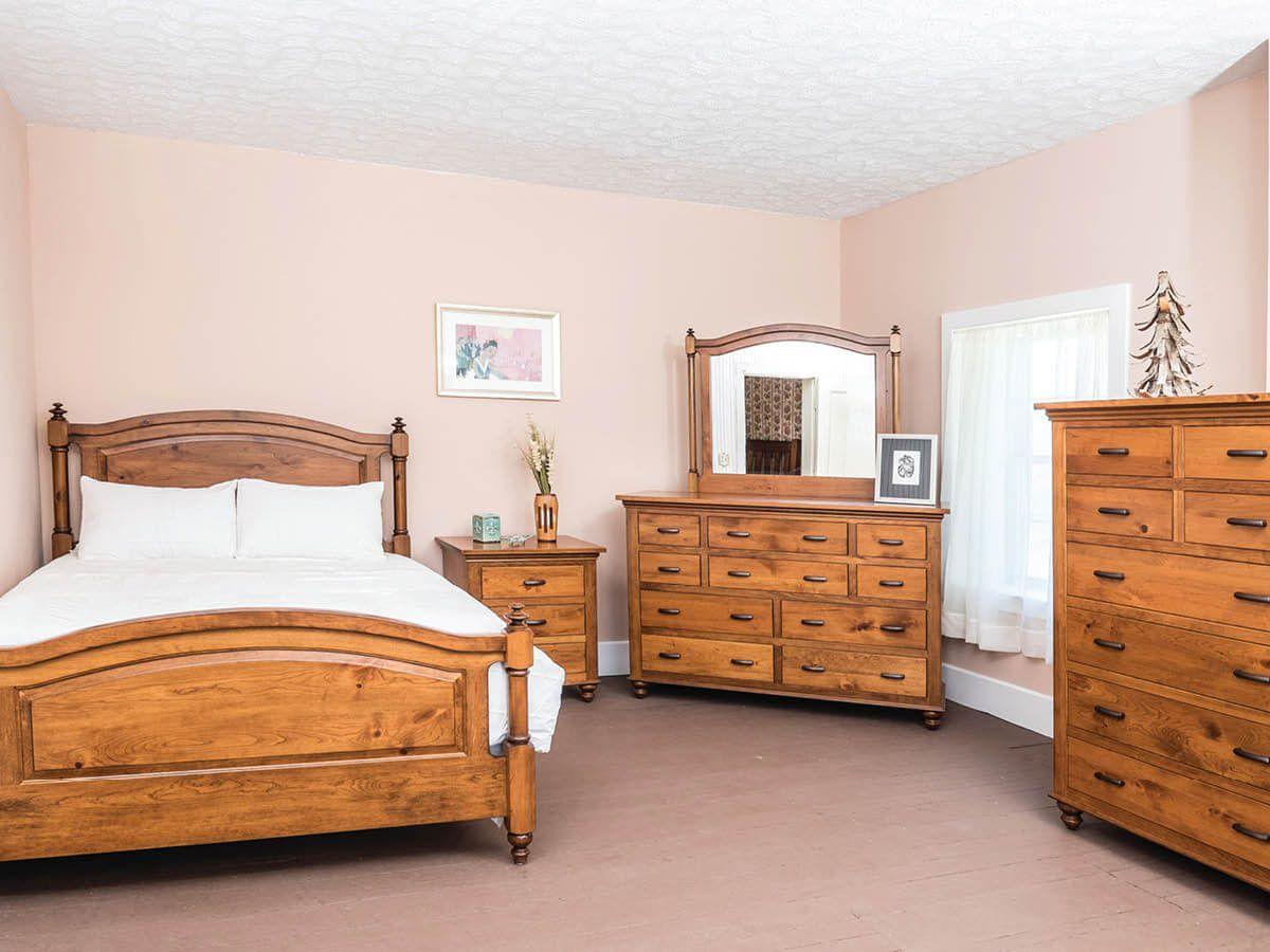 Glen Allen Bedroom Collection