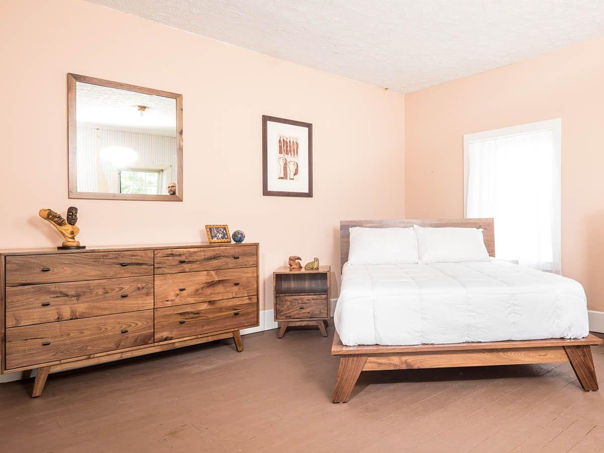 Woodstock Bedroom Set