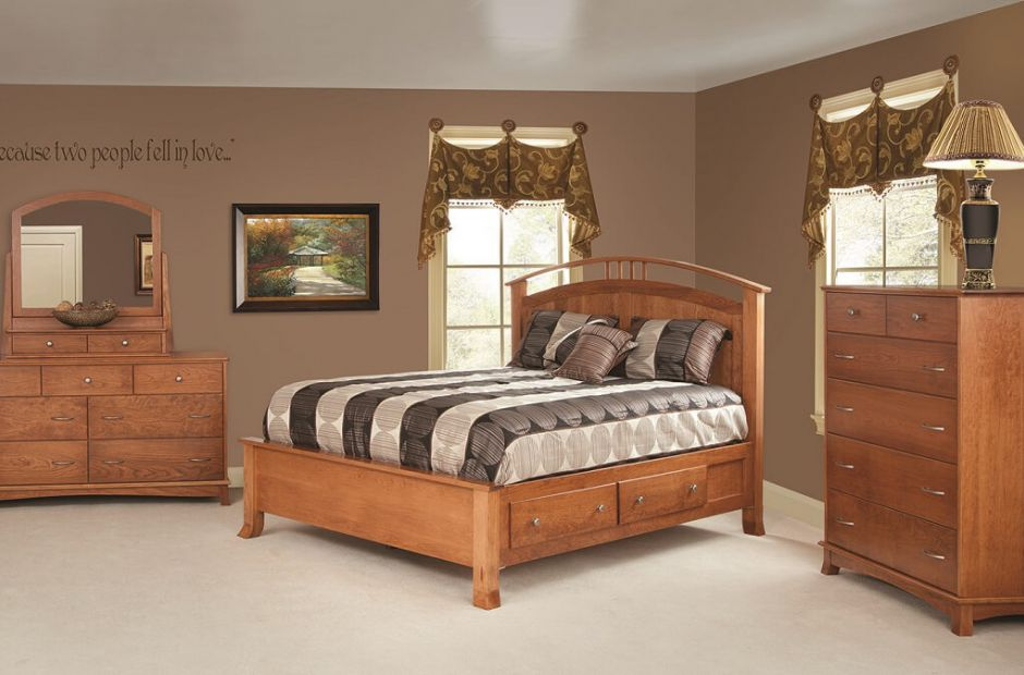 Crofton Bedroom Set image 1