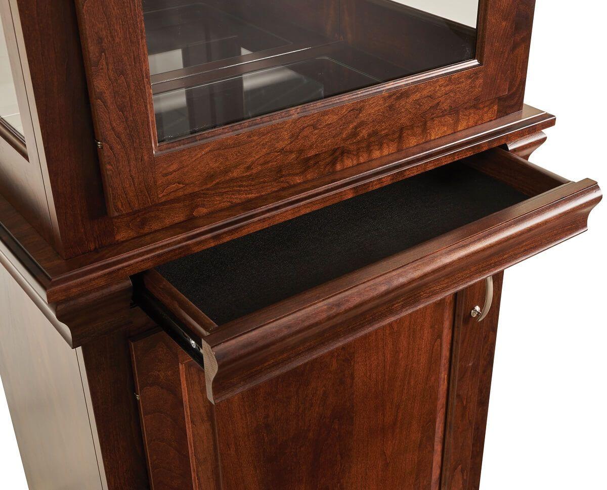 Secret Drawer in Molding