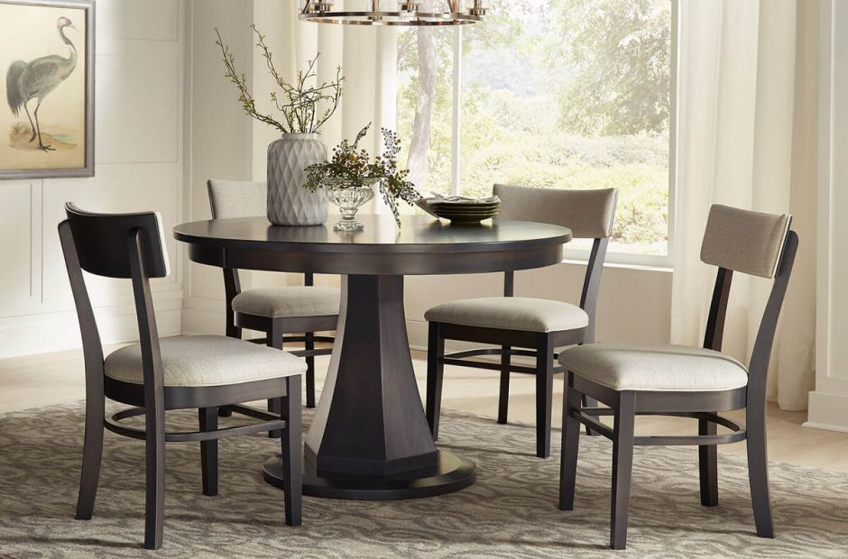 Bermuda Run Dining Set image 1