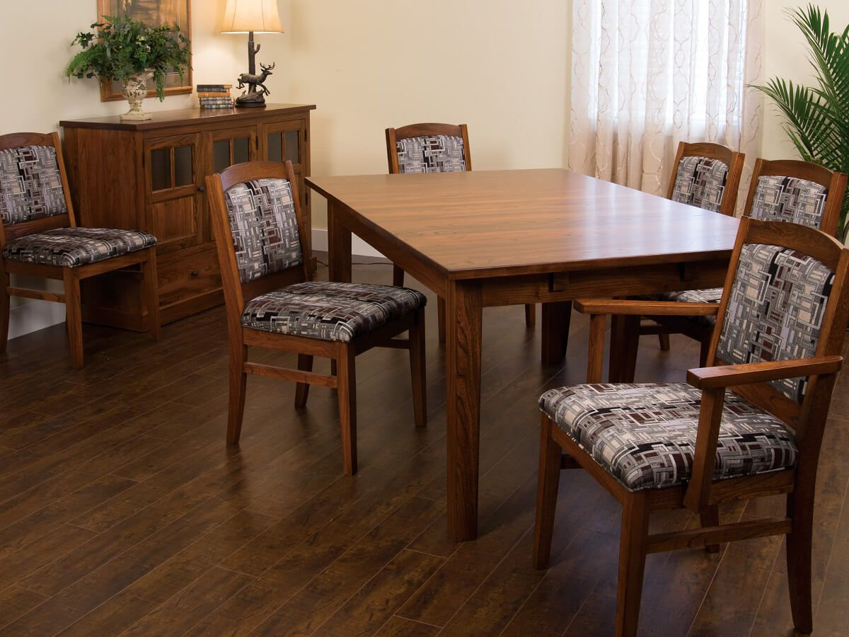 Bosworth Dining Room Furniture Set