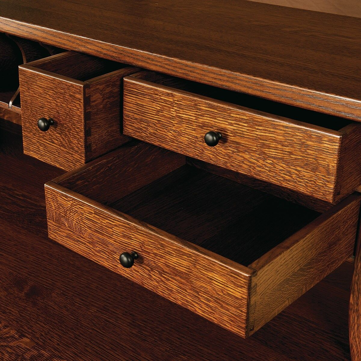 Dovetailed Hutch Cubbies