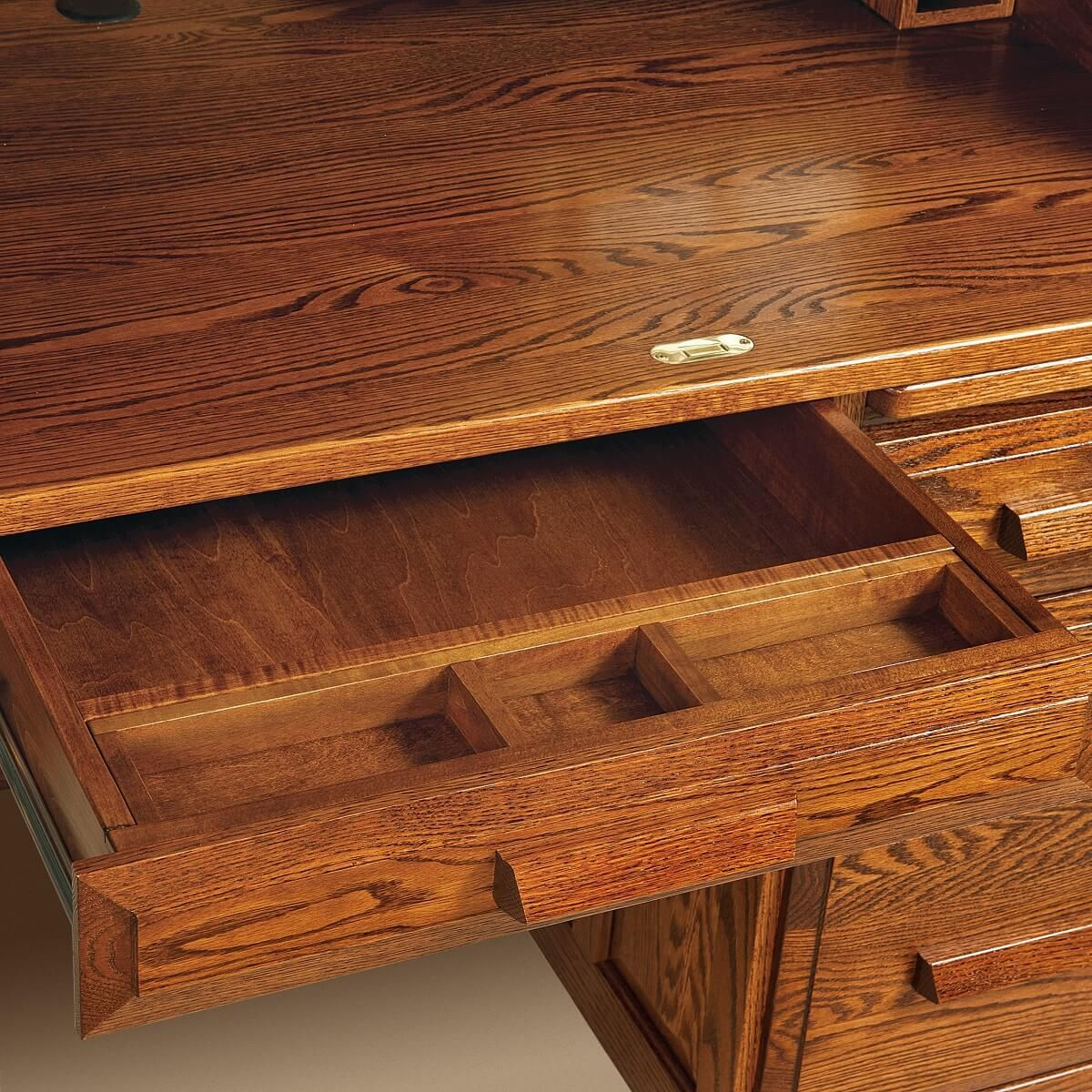 Pencil Tray in Lap Drawer