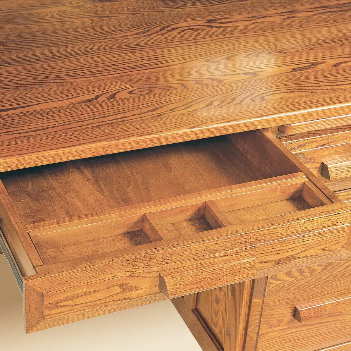 Pencil Tray in Knee Drawer