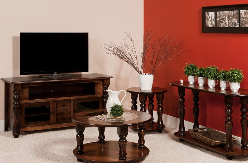 Church Hill Living Room Set image 1