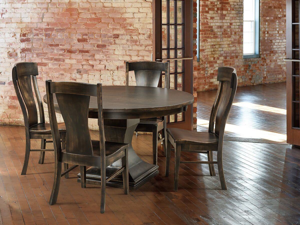 Table with Vitra Dining Chair