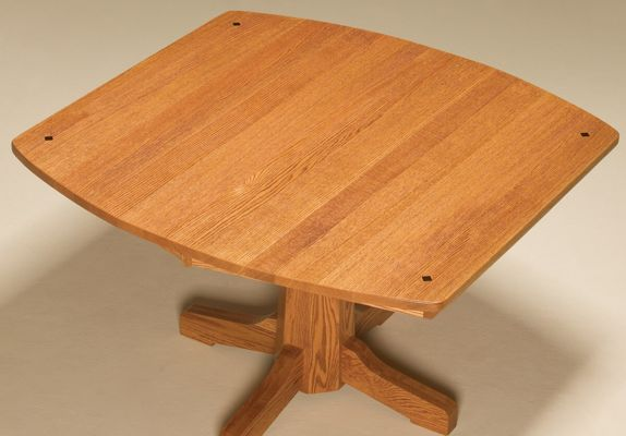 Boat-shaped table top