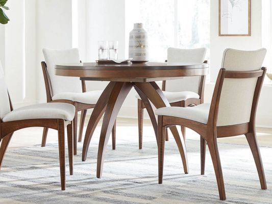 La Crucez Dining Room Set