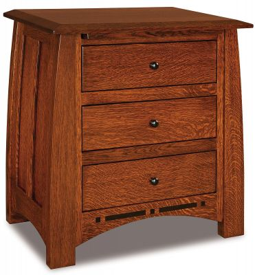 Castle Rock 3-Drawer Nightstand