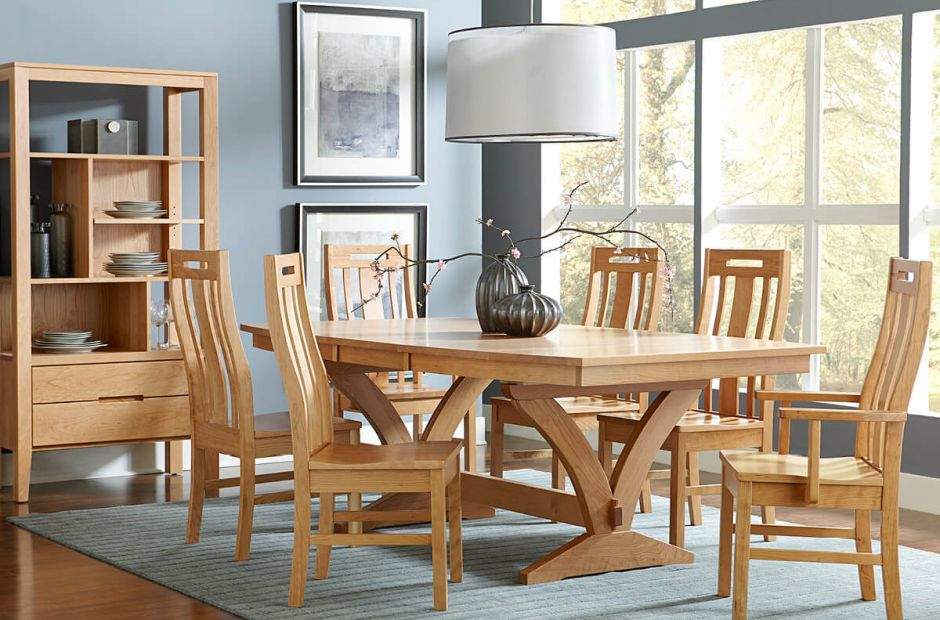 Chesnee Dining Set image 1