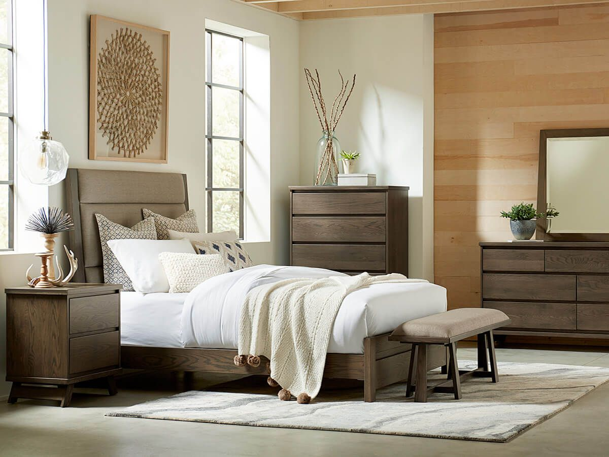 Colerain Bedroom Collection
