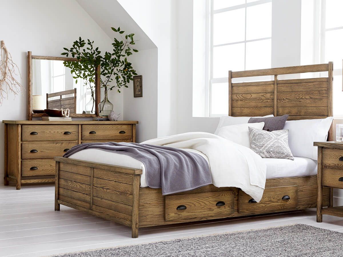 Lowndesville Farmhouse Bedroom Furniture