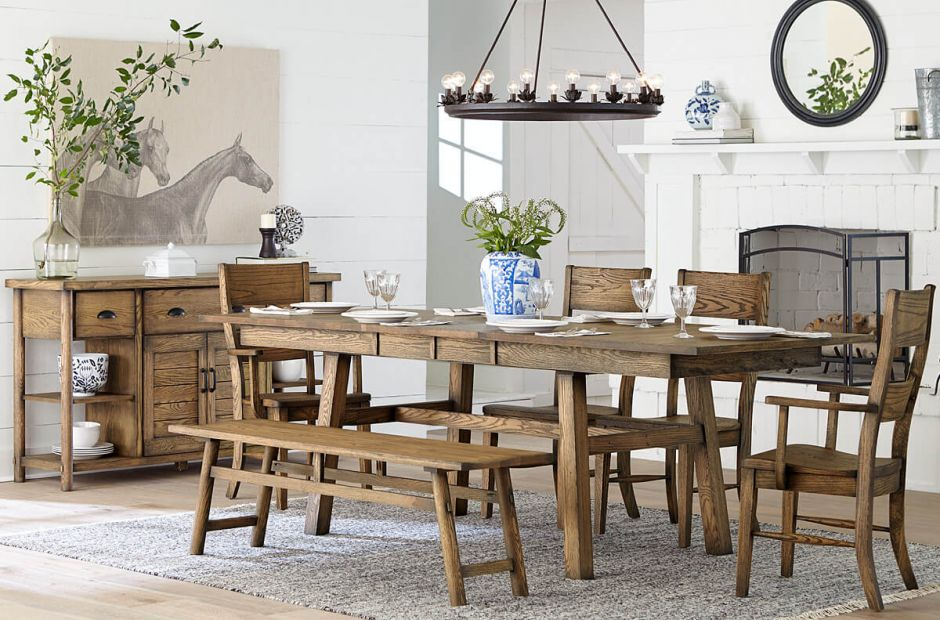 Lowndesville Dining Set image 1