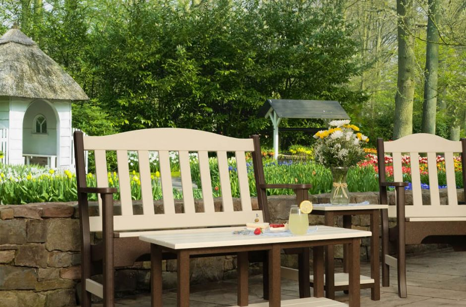 Hookton Patio Furniture Set image 1