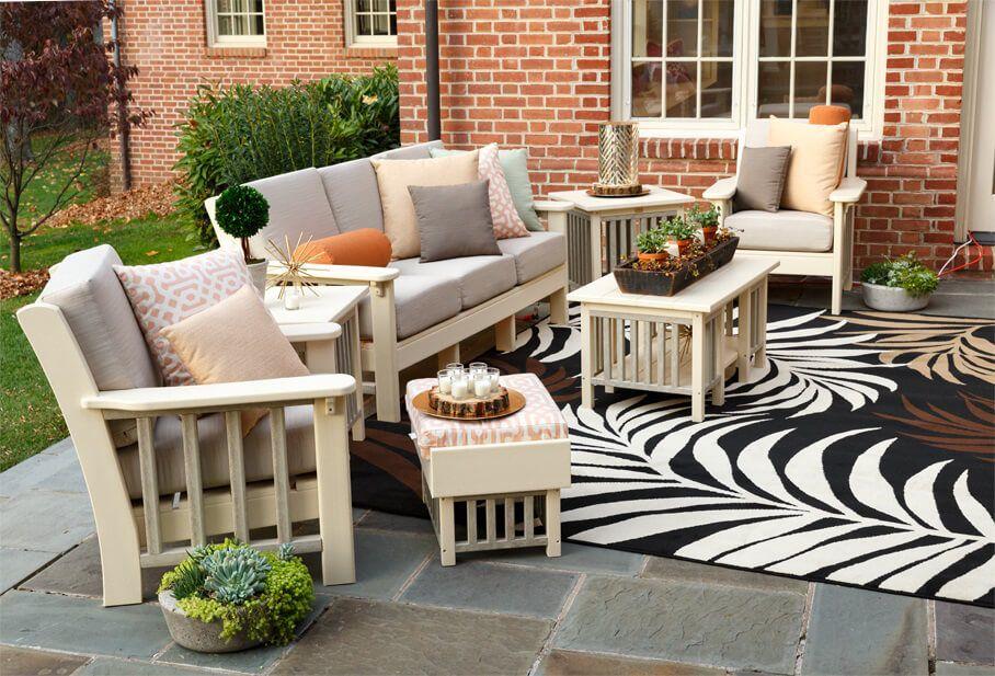 La Jolla Outdoor Furniture Set