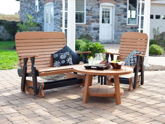 Maintenance-free Outdoor Seating